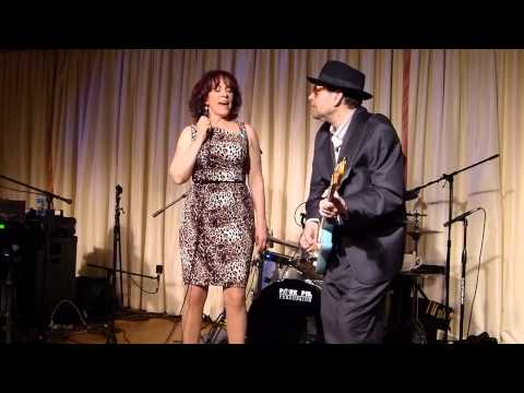 Janiva Magness and Ronnie Earl - Little By Little -Bull Run