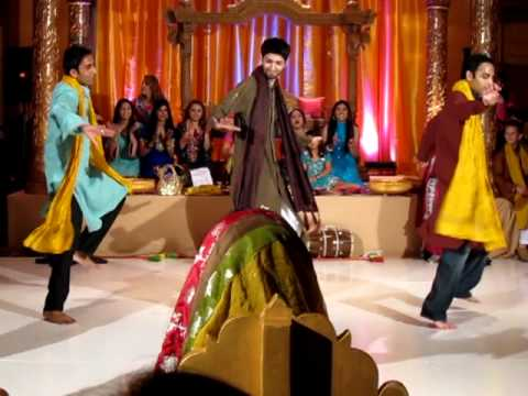 The Best Mehndi dance 2010 continued.