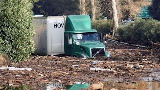 Extreme Dangerous Dump Truck Operator Skills - Biggest Heavy Equipment Machines Working