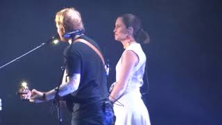 Ed Sheeran Missy Higgins - Perfect - 21 March 18 Brisbane