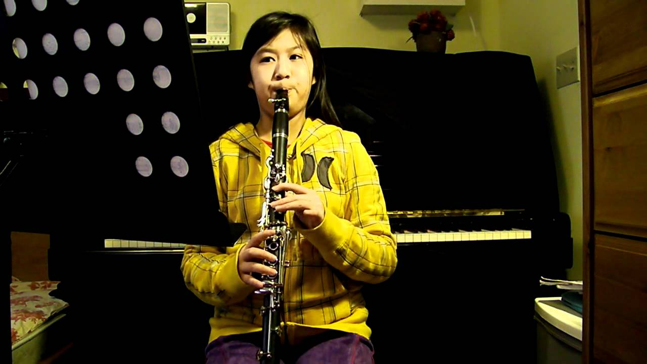 E Flat Clarinet Player Clarinet E flat major ...