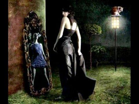 Зеркала — дверь в другой мир.  Фантастические истории