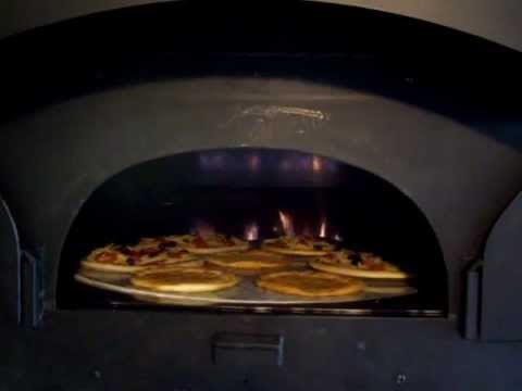 wood burning pizza oven wood fired revolving hearth pizza oven 10598