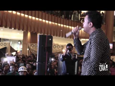 This is Live! - Tulus (Bumerang)