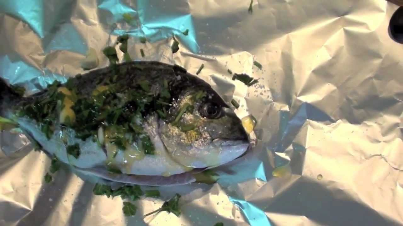 How to cook fish in the oven orata al cartoccio italian for How to make fish