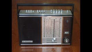 """Радиоприемник """"РИГА-104"""".Мощь советской радиотехники.Обзор/РИГА/CCCР/РЕТРО."""