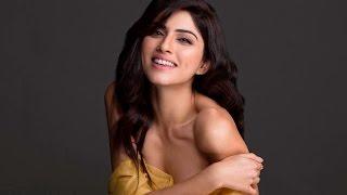 Repeat youtube video Sapna Pabbi to star in the Indian adaptation of Oscar winning docu-drama 'Born Into Brothels'