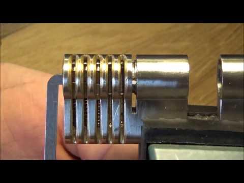 Взлом отмычками --   (3) Lockpicking - Wie funktioniert Picken mit einem Hook ? ()