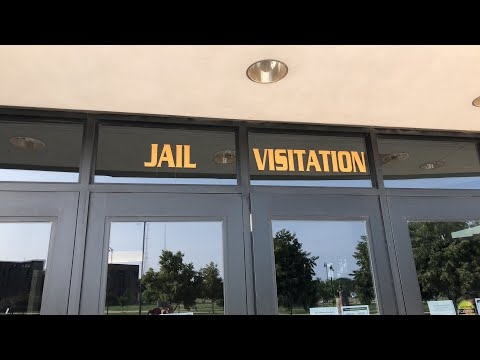 DuPage County Jail Was that Kenny Chesney?