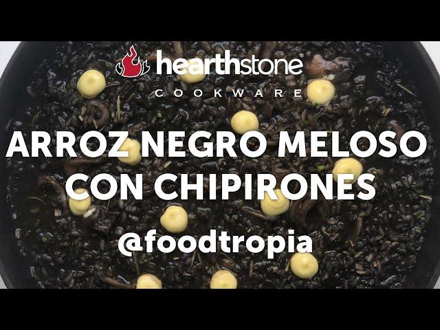 Arroz negro meloso con chipirones por @foodtropia