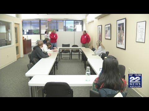 Holyoke Community College gives students EMT training