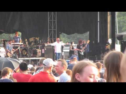 Walking on the Sun- Smash Mouth Omaha, NE 6/27/14