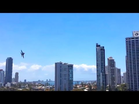 Ultimate Low Flying Jets Shocking Spectacors