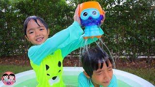หนูยิ้มหนูแย้ม   แมงกระพรุนพ่นน้ำ Jellyfish Toys