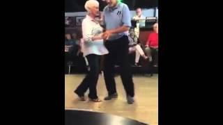 Dança engraçada Forró