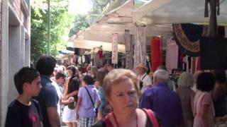 ☼ Viaggio a Italia | Piazza del Mercato Siena(Siena è un comune italiano di 54.646 abitanti, capoluogo dell'omonima provincia in Toscana. La città è universalmente conosciuta per il suo patrimonio artistico ..., 2010-09-30T19:59:39.000Z)