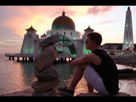 A Beautiful Melaka Sunset and How we LOST $700 in a DAY!