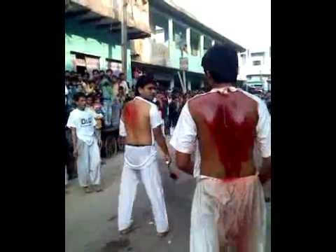 Machhalishahar Muharram 10th Zanjir Matam 1 -- 1433 Hijri (2011) Travel Video