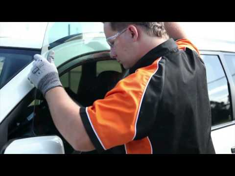 repair windscreen - Brisbane Express Autoglass QLD Pty Ltd