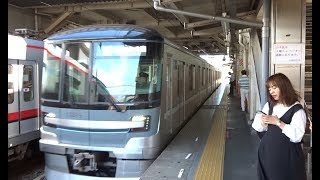 西新井駅に到着する東武スカイツリーライン下り東京メトロ13000系
