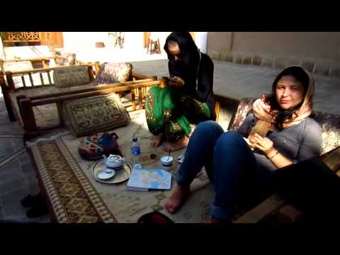 Yazd | Hotel | Relaxing & Friendly & Cheap Dormitory | Travel to Iran 2012 | Trip to Persia