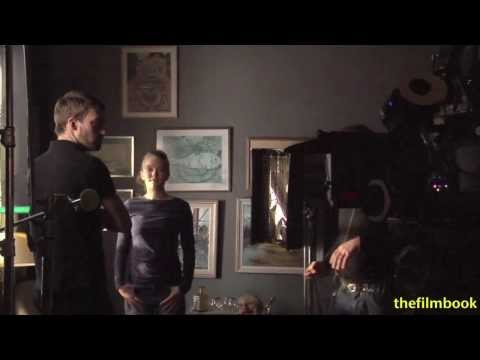 You've Got to See How a Professional Cinematographer Lights a Simple Scene