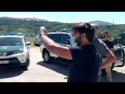 Momentos de tensión tras el pleno de Viana do Bolo