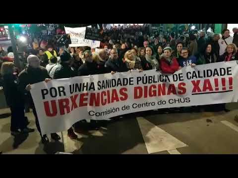 Más de un millar de personas piden en Santiago mejoras en las urgencias sanitarias
