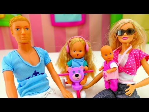 Игры для девочек и мультики про Барби и КЕН: подарок для Челси. Игры Барби для девочек на ютюб