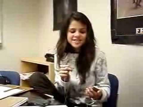 Selena Gomez Singing Rockstar By Miley Cyrus*