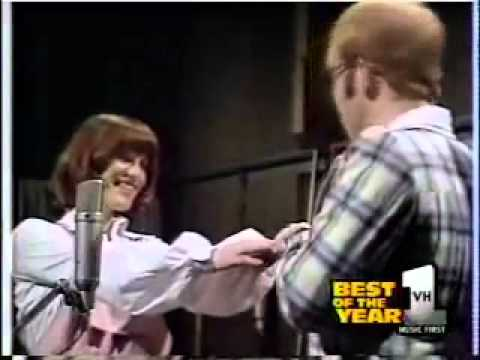 Elton John and KiKi Dee Dont Go Breaking My Heart