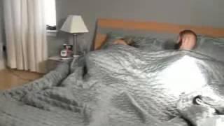 Прикол над спящим девушкой проста класс