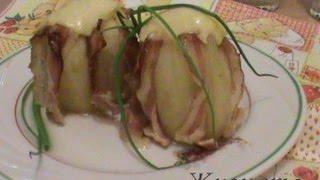 Картофель с беконом и сыром запеченный в фольге