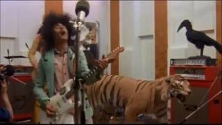 Marc Bolan & T.Rex Perform 'Children Of The Revolution' From Born To Boogie