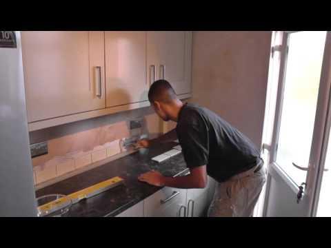 DIY: How To Tile a Kitchen Splashback - Part 1