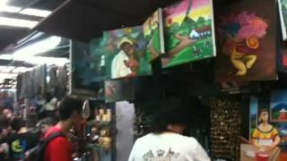 Un paseo por el Mercado Nacional de Artesania y Pintura. Market Street National Crafts and Painting