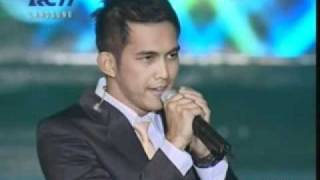 Lyla - Magic (Live @ Indosat Awards 2011)