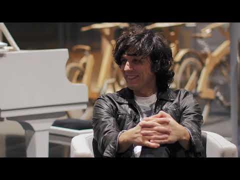 Ermal Meta rrëfen për Tiranapost.al historinë e tij me muzikën
