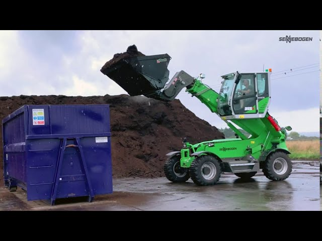 SENNEBOGEN 355 E - Loading of compost, Nigel Baker Ltd., Great Britain