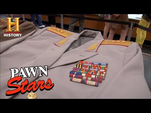 Pawn Stars: MILLION DOLLAR Soviet Union Cold War Uniforms (S