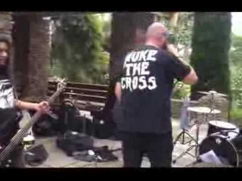 Disintegrator Live at Footscray Park
