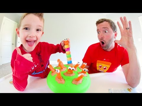 Father & Son PLAY INCH WORMS! / Make The Longest Worm!