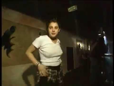 1992  QUEEN PARIS CHAMPS ELYSEES