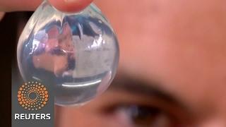 Bubble-like water bottle you can eat