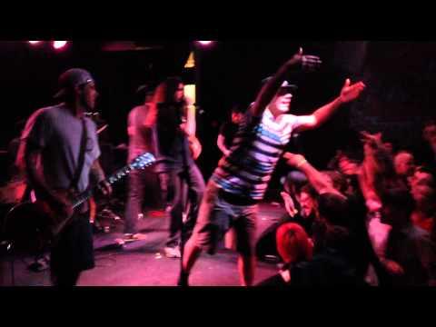 Guttermouth   Live at The Pyramid Scheme, Grand Rapids MI 4 11 2014