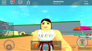 i played a bad game I just started talking xb (roblox)