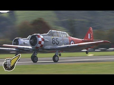 North American T-6 Texans / Harvards Display