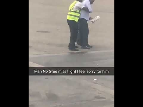 After missing Flight, Man struggles with Airport Employee at the tarmac