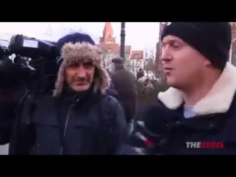 Der Rebel greift bei Demo in Cottbus Mainstreammedien an (deutsche Übersetzung)