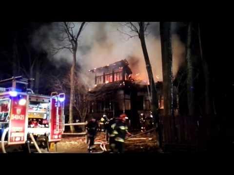 Zakopane. Pożar drewnianego budynku przy ul. Nowotarskiej
